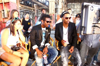 trey-songz-and-lloyd-on-the-set