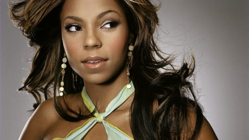 ashanti-long-eyelashes_117795-1920x1080