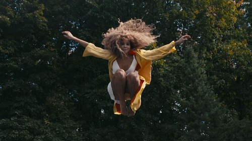 lion-babe-childish-gambino-jump-hi-vevo-official-music-video-lyrics-750x421
