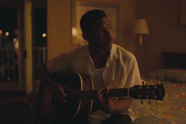 leon-bridges-river-video