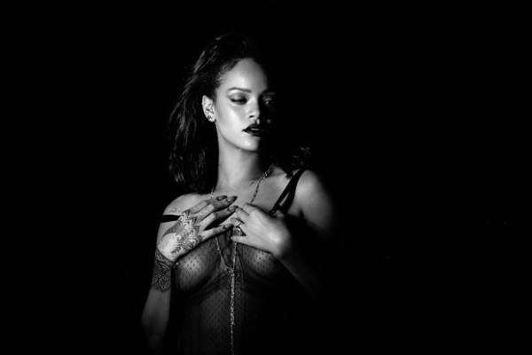 rihanna-kiss-it-better-video-still-1-compressed