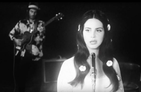 lana-del-rey-love-video-premiere
