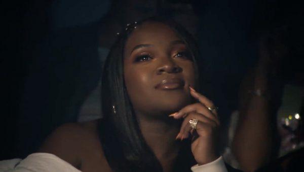 cesarzowa ray blk wjezdza zeswoim drugim singlem
