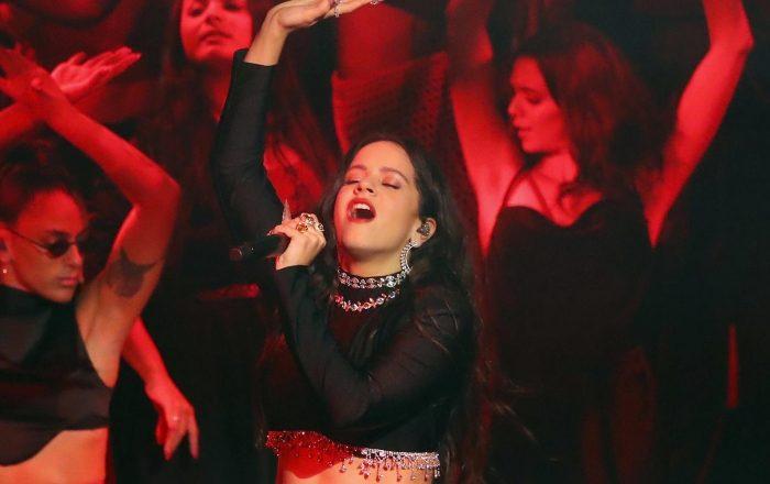 Rosalía błyszczy podczas występu naMTV EMA 2019