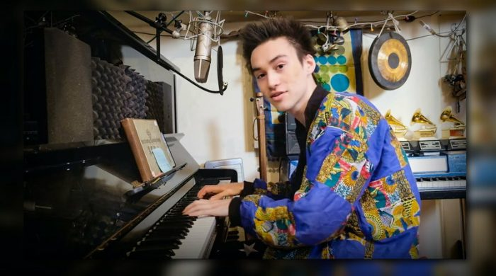 Jacob Collier - Running Outta Love