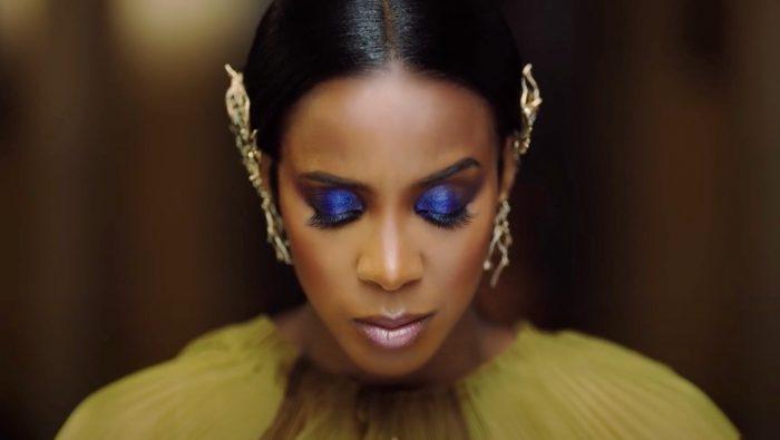 Odsłuch Kelly Rowland K orazkwiecisty teledysk